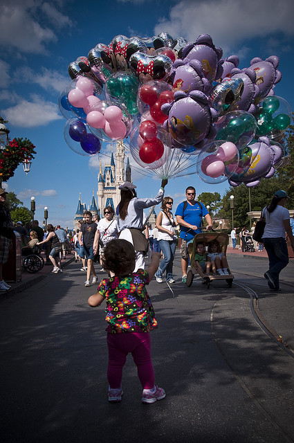 callmeprincecharming:  She really wants a balloon by EddyMixx on Flickr.