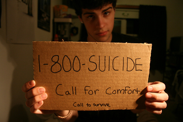 spaarkks:  stfutony:  reblogging this could save a life. come on guys.    (via imgTumble)