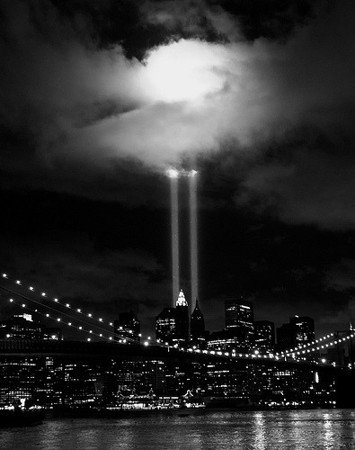 puckbox:  9-11 Tribute in Lights 2010  (by KzAkabueze - ONEin12)