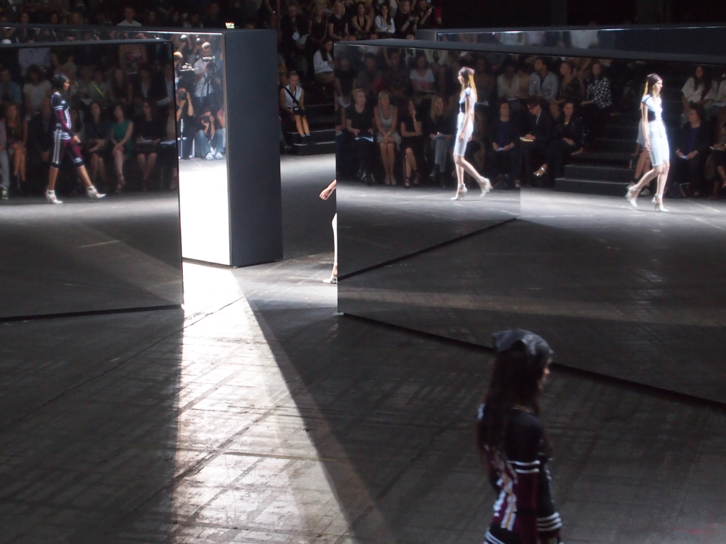 teenvogue:  Mirrors on the Alexander Wang runway