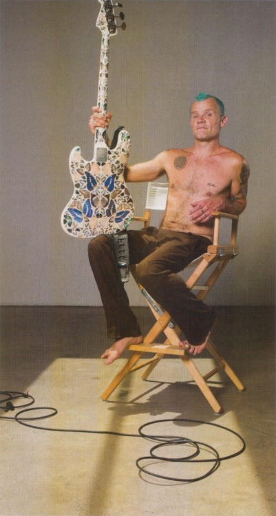 New photo of Flea with his Butterfly Bass, designed by Damien Hirst and given to Flea as a present. Damien Hirst also designed the Album Artwork for I'm With You. Photo featured in the October 2011 Issue of Bass Player Magazine. Read it here…