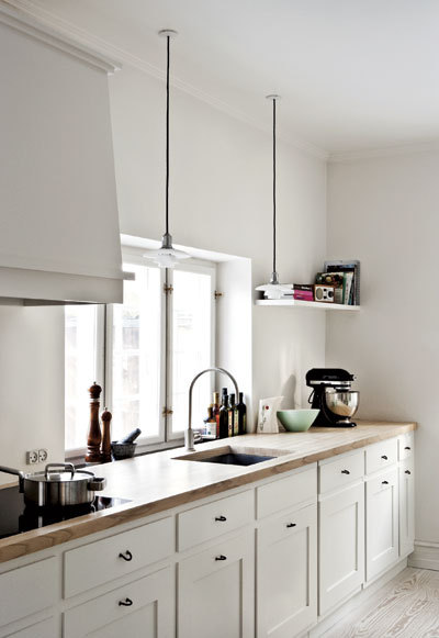 notesondesign:  black & white kitchen