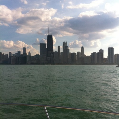 jasmined:  It's a scientific fact that Chicago is the greatest city on Earth. (Taken with instagram)