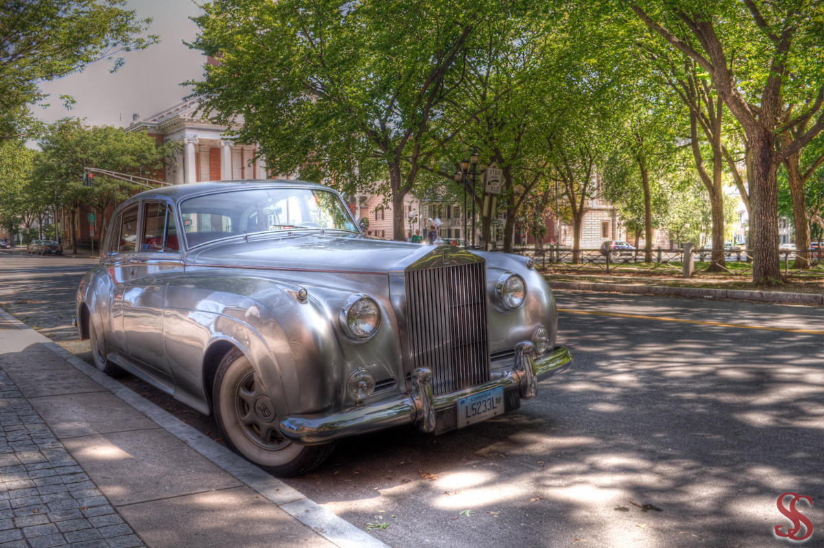 1961 Rolls-Royce - Silver Cloud II RAW HDR + Tone Mapping