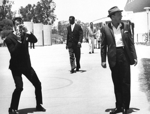 Tony Curtis, Peter Lawford, Nat King Cole & Sinatra