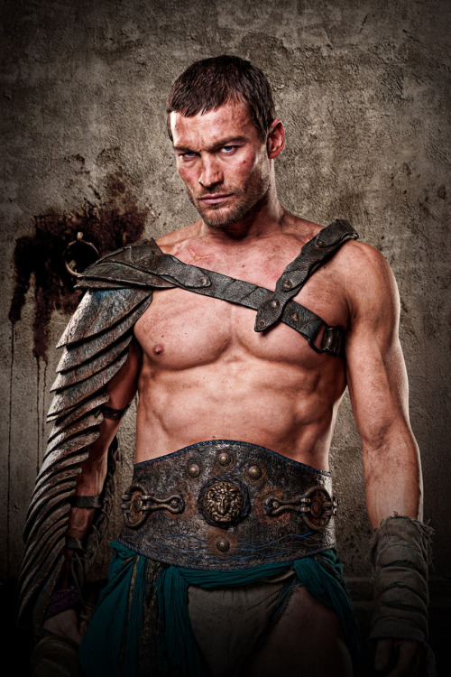comicsforever:  Spartacus Main Actor Andy Whitfield Dies at the Age of 39. Man this is sad, this guy was a great actor and the series was incredible, another great artist lost to Cancer.