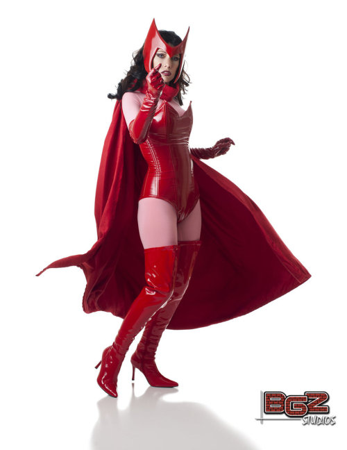 turner-d-century:  geekpinata:  Scarlet Witch cosplay.  Meredith Placko as Scarlet Witch