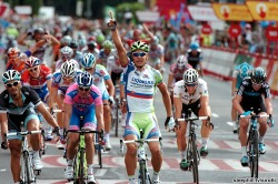 Pater Sagan has time for a little Saturday Night Fever as he crosses the line in Madrid. 14 Days until Peter Sagan is 2011 Road World Champ.