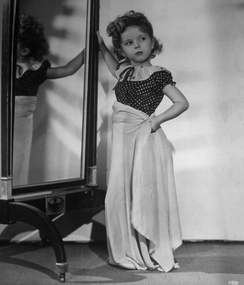 meanwhileinhollywood:  Shirley Temple