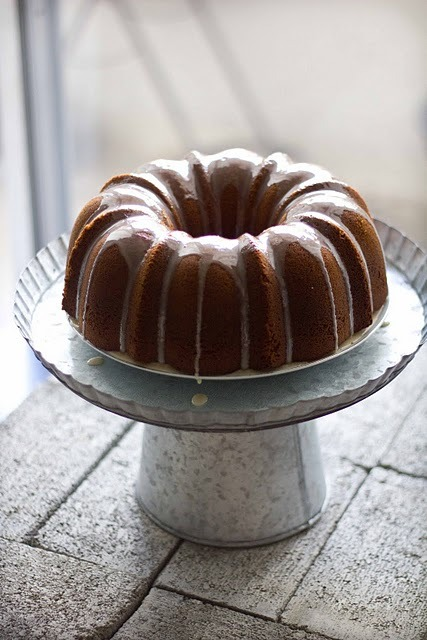 fattiesdelight:  Date Bundt Cake