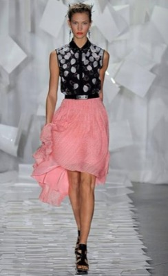 Love the color combination… amazing skirt. Jason Wu - Spring 2012 RTW