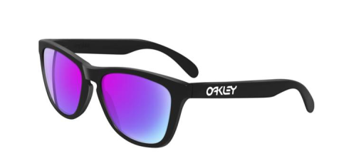 They're back! Oakley has brought back some of the original frogskin colors.