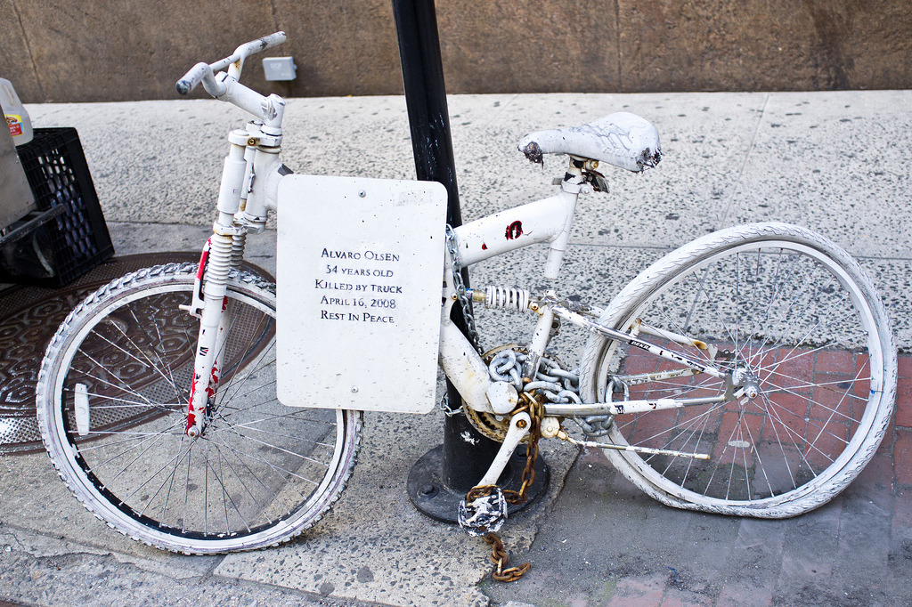 laughingsquid:  Alvaro Olsen Ghost Bike Memorial in New York City
