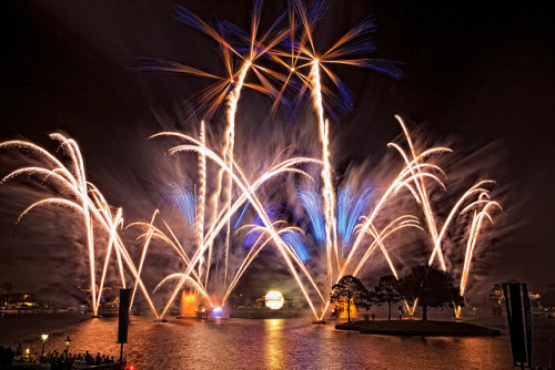 callmeprincecharming:  EPCOT - Illuminations - Reflections of Earth by Matt Pasant on Flickr.