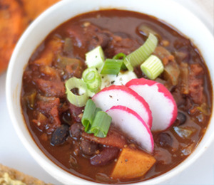 findvegan:  The BEST spicy vegetarian chili!!