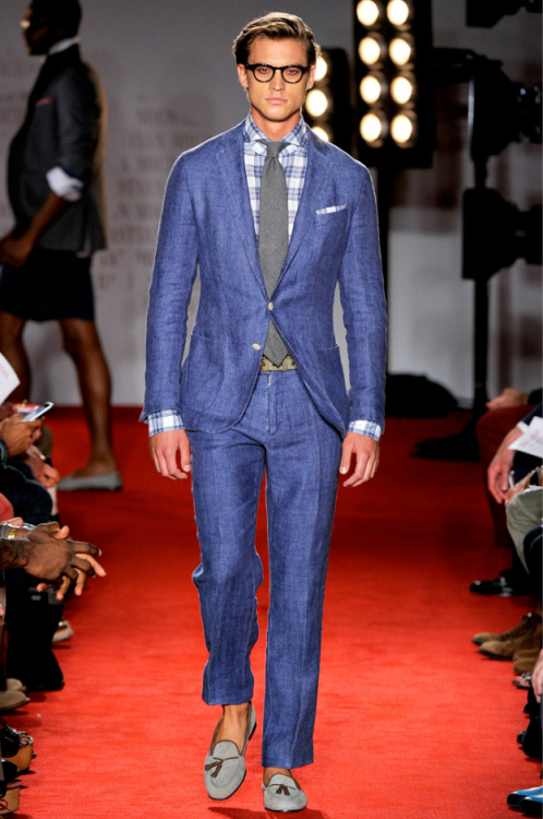 My favorite look from the Michael Bastian S/S 2012 collection. That suit looks fantastic and you could easily break it apart to wear the jacket and trousers separately.