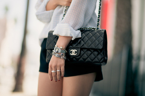 I want this purse soo soo bad!