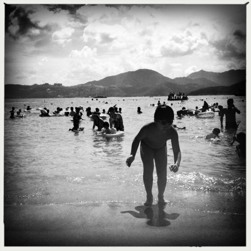 Summer day Lucifer VI Lens, AO BW Film, No Flash, Taken with Hipstamatic
