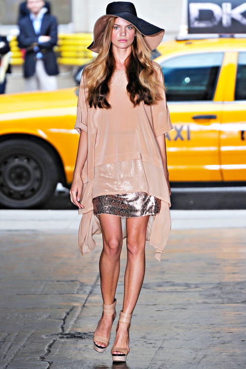 DKNY RTW Spring 2012 I always love her collections, so easy and wearable.