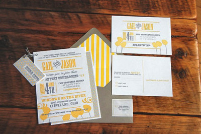 lazyweddings:  white yellow and grey wedding invitation