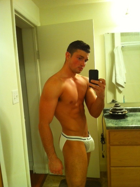 homoeroticguys:   check out homoeroticguys.tumblr.com  & if your bored, submit pictures or drop a line in the ask box