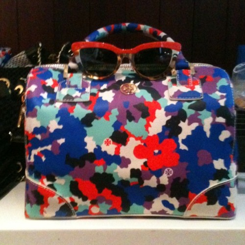 markleibowitz:  Tory Burch bag ready for the sun (Taken with instagram)