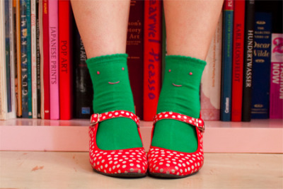 garconniere:  eline's super cute socks that she made to cheer herself up on a grumpy day.