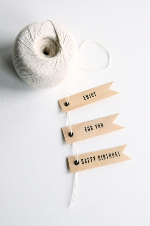 Designersgotoheaven.com - I love these letterpress gift flags by inhauspress.