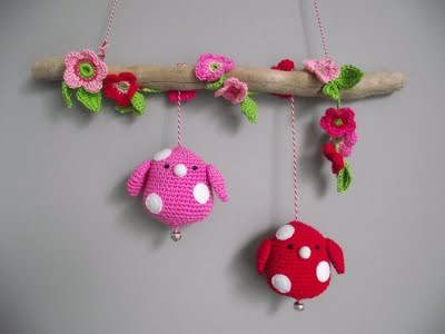 Deb, here is an idea for you…. daintyloops:  (via Amigurami / crochet)