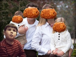 sofapizza:  chicken nuggets is like my family