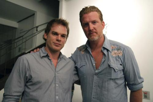 thewayfindsyou:  eyeh8gawd:  Josh Homme (Kyuss/Queens Of The Stone Age/Eagles Of Death Metal) & Michael C. Hall (Dexter)  Oh my.