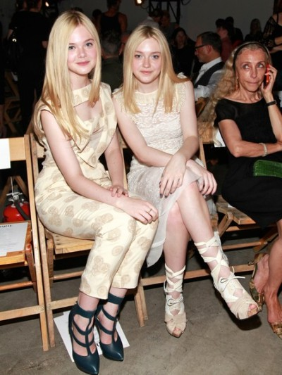 celebrities of the day. dakota and ella fanning @NYFW.