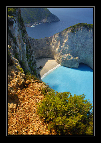 coffeenuts:  Navagio Beach by iindianabones on Flickr.