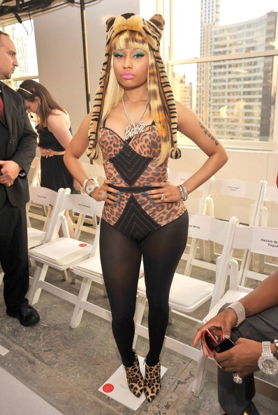 fashionloverforlife:  Nicki Minaj @ Oscar de la Renta Fashion Show