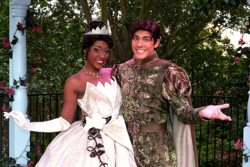 I miss that Tiana. I really hope i get to see that naveen again, he is awesome! lol