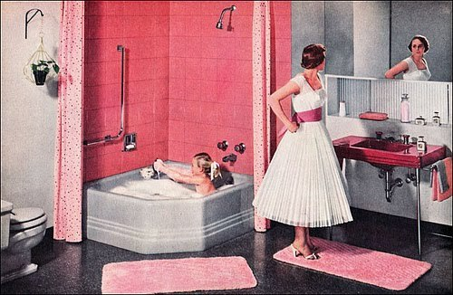 hollyhocksandtulips:  1950's retro bathroom