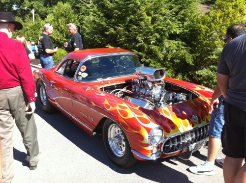 chevyfatcat1989:  First generation corvette with a ridic supercharger at the 2010 adi nats