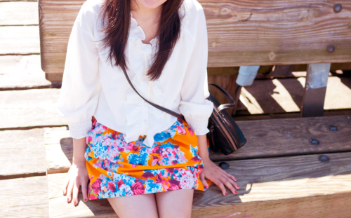 Orange & Cream Blouse by Joie, skirt by Zara (end-of-season sale for $10, hells yeah). Perfect outfit for a pleasant and sunny day in Vancouver.