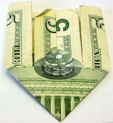 There's a hidden stack of pancakes on the $5; your argument is invalid  Via