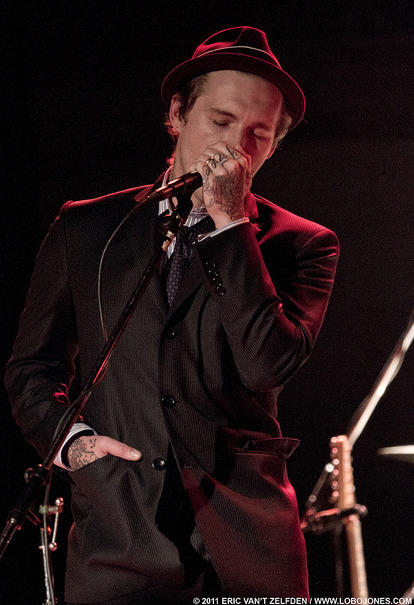 just another reason for me to reblog Brian Fallon in a suit.