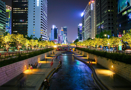 Cheonggyecheon, Seoul.