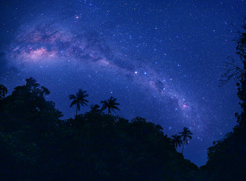 cwnl:  Milky Way Panorama from Mangaia Copyright: Tunç Tezel
