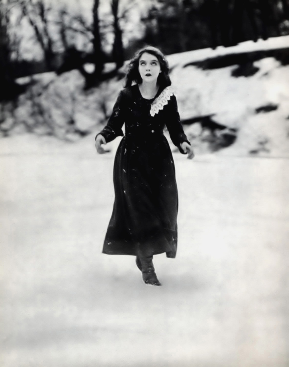 "maliciousglamour:  Lillian Gish, ""Way Down East"", 1920"