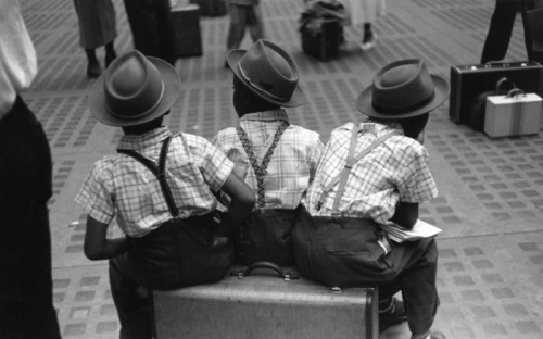 Photography: Ruth Orkin 1940s.