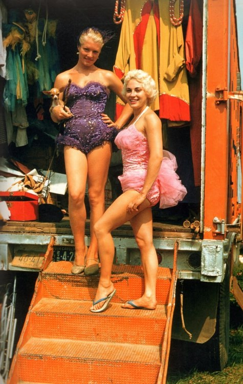 vintagegal:  Circus Performers at the wardrobe wagon 1959 via