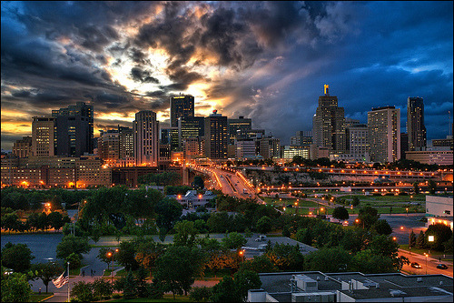 fuck-yeah-beautiful-places: St. Paul, Minn. (by Dan Anderson (OFF with camera problems))