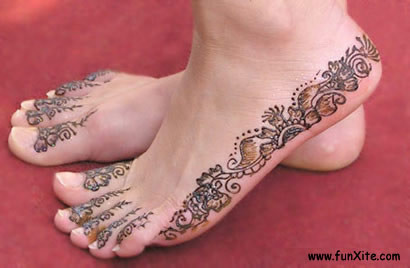 Henna tattoos are spectacular looking, I'm very tempted to get one….