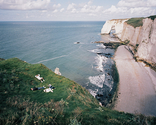travelhighlights:  I Barely Remember by leo le bug Étretat, France