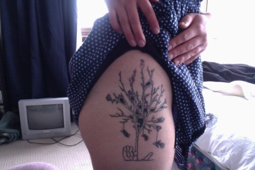 fuckyeahgirlswithtattoos:  my first tattoo, designed by my very talented friend Demi Gerardi and tattooed by Kerri Robinson.i love it :)my tumblr: mansolidgone.tumblr.com   thats a sick ass tat
