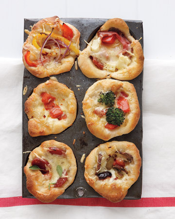 Cute mini deep dish pizzas!